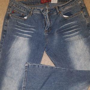 rue 21 ymi Bottoms - YMI let's UBU Capris jeans  junior13/ women